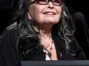 "Photo of רוזאן בר מכריזה: ""אני מתמודדת לנשיאות ארה""ב ובראש המצע שלי: לגליזציה של מריחואנה"""