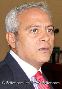 דאגלס סין - שר המשטרה לשעבר של בליז - ראש הוועדה ליישום מדיניות דה קרימינליזציה