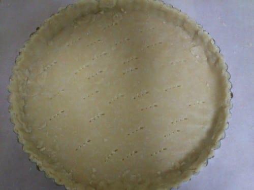 העוגה כפי שהיא נראית לפני הכניסה לתנור