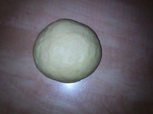 כדור הבצק מוכן להתפחה