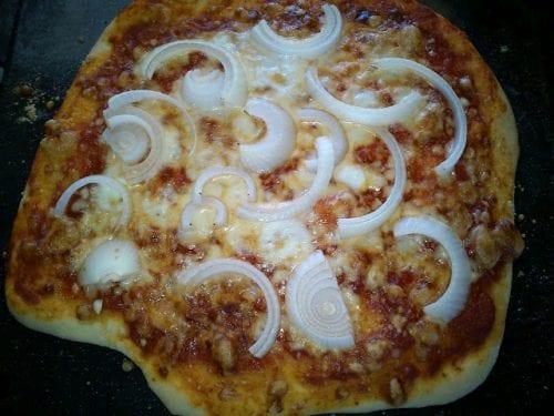 הפיצה לאחר האפיה