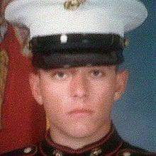 """Photo of צפו: חייל מארינס לשעבר נהרג בפשיטה של הימ""""מ בגלל חשד לסחר במריחואנה"""