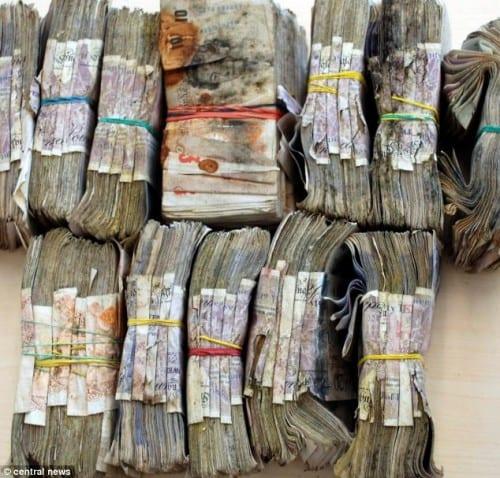 שטרות כסף רקובים