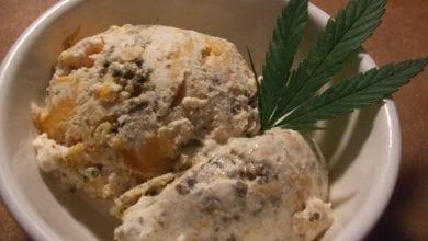 פינת המאנץ' לסטלן: גלידת קנאביס