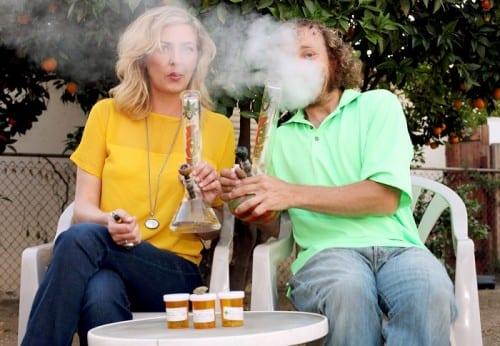 הורים מעשנים מריחואנה