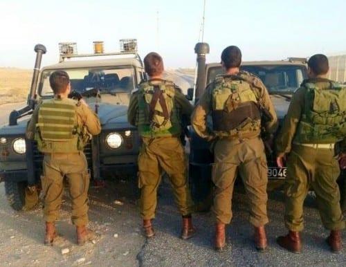 חיילי גדוד פתן - תפיסת חשיש בגבול