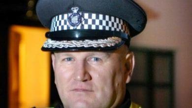 מייק בארטון - מפקד משטרת מחוז דרהאם באנגליה