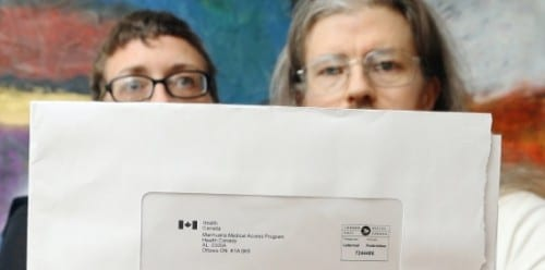 נחשפו שמותיהם של מטופלי הקנאביס הרפואי בקנדה