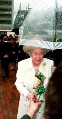 הביא קנאביס למלכת אנגליה