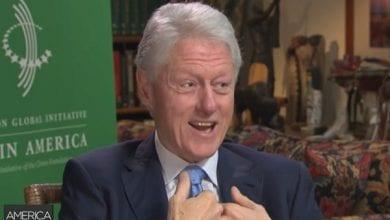 "Photo of ביל קלינטון: ""אף פעם לא הכחשתי שעישנתי מריחואנה"""