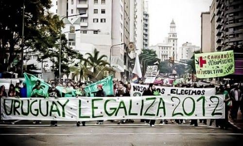 חגיגות תמיכה בלגליזציה - אורוגוואי 2012