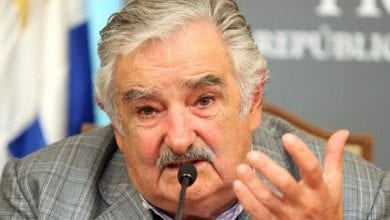 "Photo of נשיא אורוגוואי מבקש מהעולם: ""עזרו לי לעשות לגליזציה"""