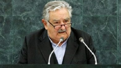 "Photo of נשיא אורוגוואי מוחיקה: ""על ארה""ב ואירופה לשנות את חוקי הסמים שלהן"""