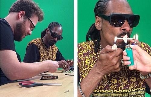 סת' רוגן מלמד את סנופ דוג לגלגל ג'וינט