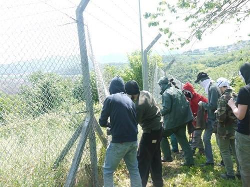 זרעי מריחואנה איטליה בסיס צבאי