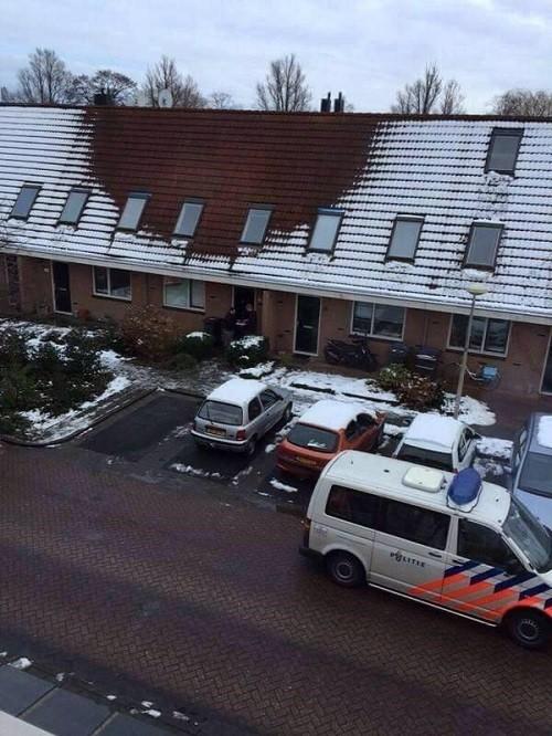 הגג עם קרחת השלג המפלילה