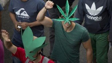 "Photo of ""צרכן אינו עבריין"": פורסמו שמות המשתתפים במצעד הקנאביס 2015"
