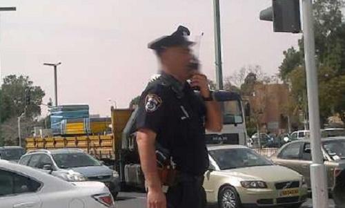 שוטרים שברו חלון רכב חיפוש סמים אשקלון