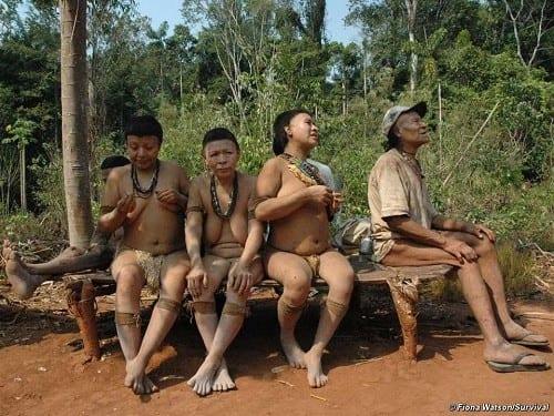בני שבט אקא