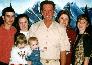 משפחת יאנג - מעל 80 שנות מאסר