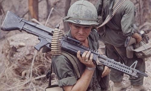 חייל אמריקני הביס 20 לוחמי וייטקונג – תחת השפעת מריחואנה