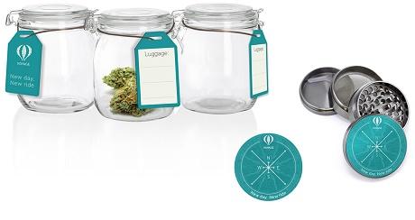 גריינדרים (מטחנת תבלינים) וצנצנות איחסון מזכוכית