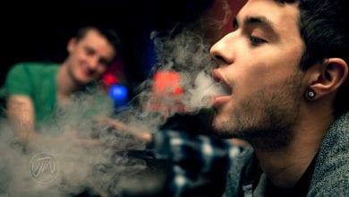 עשן קנאביס ג'וינט באנג מחקר