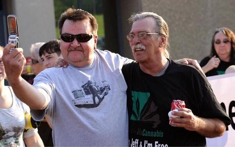 """""""אסיר המריחואנה"""" ג'ף מיזנסקי - מחוץ לכלא אחרי 21 שנות מאסר"""