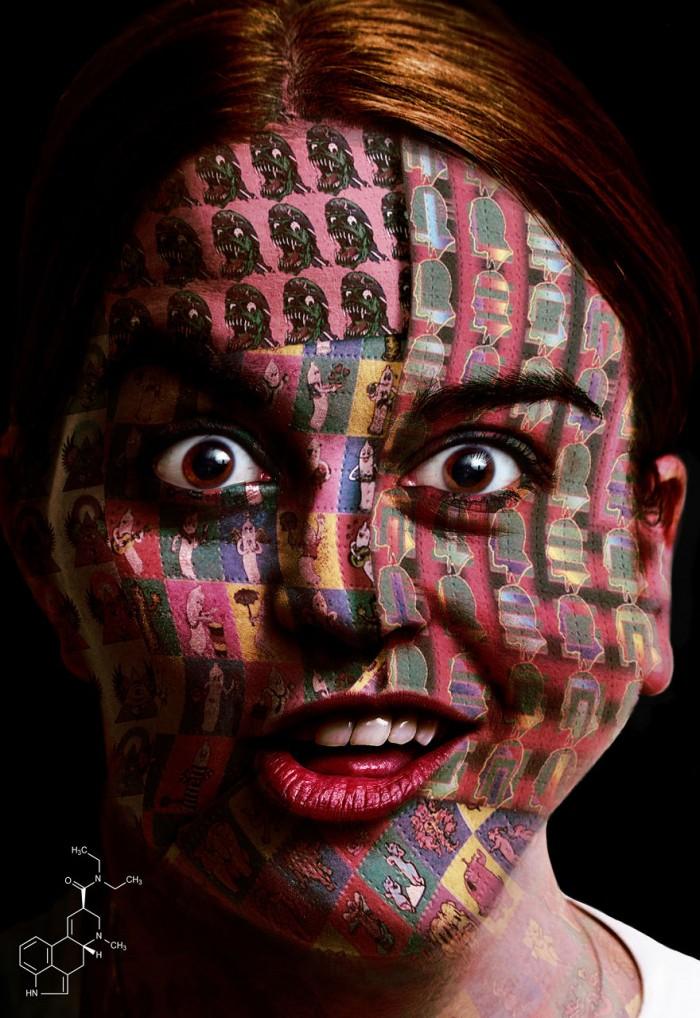 אשה תחת השפעת LSD