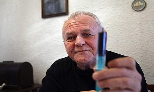 ריק סימפסון - ניצח את הסרטן בעזרת שמן קנאביס שרקח