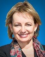 שרת הבריאות האוסטרלית סוזן לי