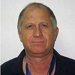 """ד""""ר אברהם דותן - חשוד כי מכר מרשמי קנאביס לחולים תמורת אלפי שקלים"""
