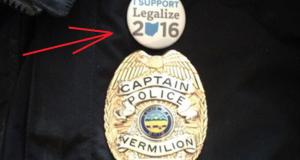 קצין משטרה בקולורדו פוטר - בגלל סיכת לגליזציה
