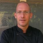 אלכס גולנדברג - שף ישראלי שהואשם בהחזקהת 90 גרם קנאביס