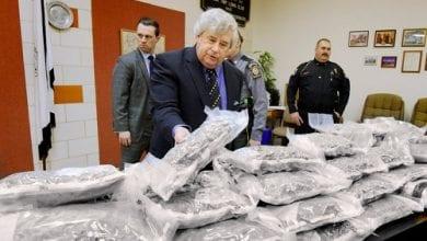 "Photo of 113 ק""ג מריחואנה נתפסו אצל שוטר ביחידה למלחמה בסמים"