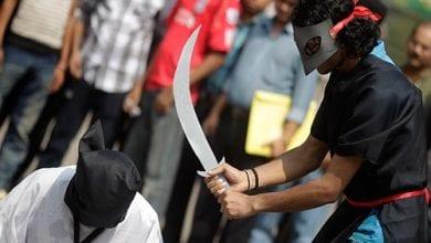 Photo of ערב הסעודית: שני סוחרי חשיש הוצאו להורג בעריפת ראש