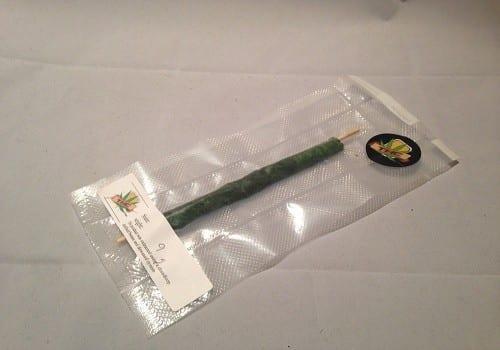 """בלאנט 'Thai stick' - החל מ-500 ועד 750 ש""""ח ליחידה (מוצרי קנאביס)"""