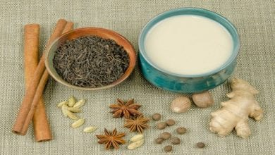 Ingredienti per fare latte chai con marijuana