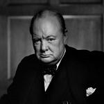 וינסטון צ'רצ'יל - ראש ממשלת בריטניה בשנים 1940–1945 ובשנים 1951–1955.