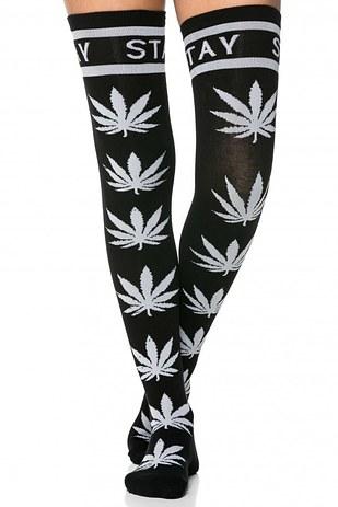 """גרביים לסטלניות מסדרת """"Stay High"""" - שימושיות במיוחד לחורף"""