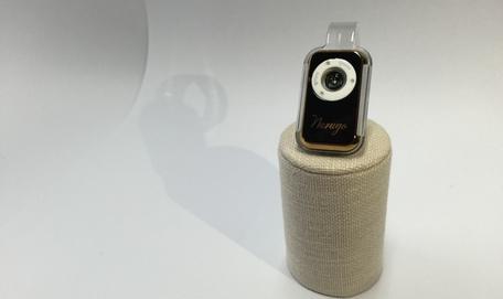 נורוגו - עדשת מיקרוסקופ איכותית לסמארטפון
