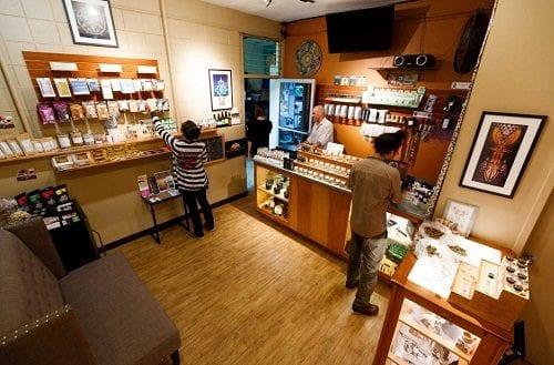חנות קנאביס באורגון - חנויות הקנאביס שנפתחו ברחבי אורגון יצרו אלפי משרות חדשות בכלכלה המקומית