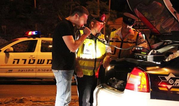 בדיקת מאפייני נהיגה בשכרות בהשפעת קנאביס