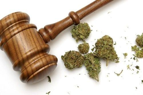 """בית המשפט קבע: """"מאסר יוצר חשיפה לגורמים עבריניים, ופוגע בהליך השיקום של האשם"""""""
