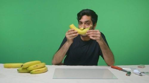 """מקטרת עישון עשויה מבננה: """"פצצת אנרגיה: כך תכינו מקטרת עישון מבננה""""("""