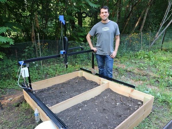 הגנן האוטומטי (FarmBot) - פרויקט חקלאות ביתית יעילה ונקייה מזיהום