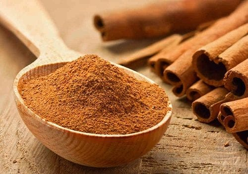 "Cinnamon powder - a ""grandmother's remedy"" that will keep you in the garden"