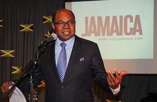 אדמונד בארטלט - שר התיירות של ג'מייקה