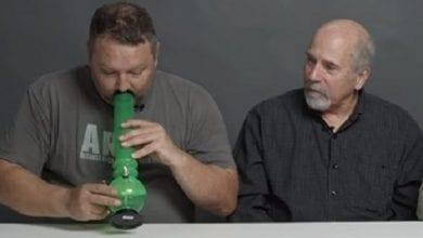 לוחמים לשעבר מעשנים מריחואנה