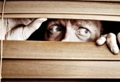 איך להימנע מהתקף חרדה של קנאביס